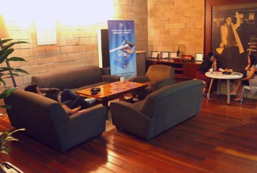 The smokers area takes the aura of a comfortable living room.